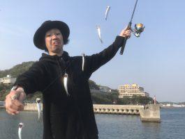 田ノ浦でサビキ釣りやってきました。